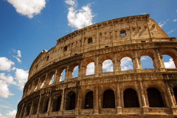Colosseum skip the line tour