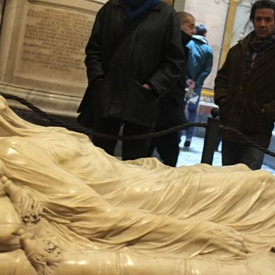 The Veiled Christ, between Art and Alchemy