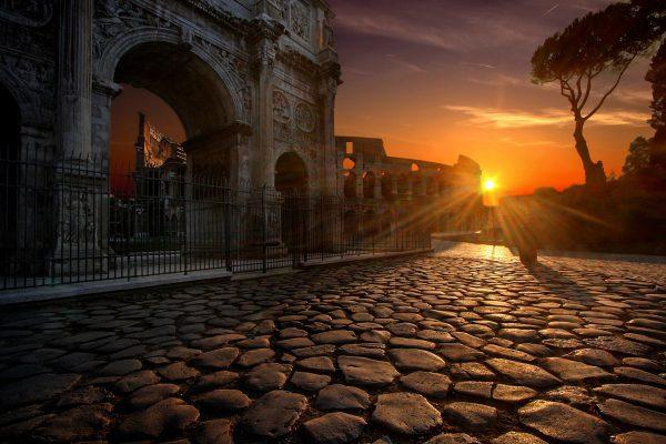 Essential Italy Escorted tour Rome colosseum